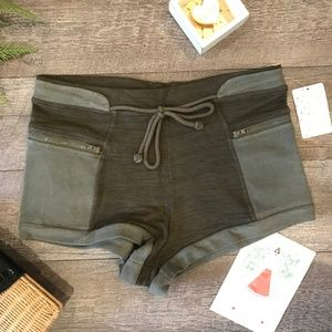 Free People Army Green Shorts NEW NWT Large $58